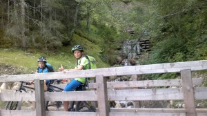 Nach Monte Pana ging es über kl. Wanderwege oberhalb St. Christina nach Wolkenstein